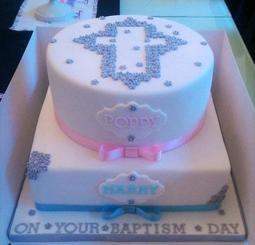 Gâteaux de baptême à 2 niveaux